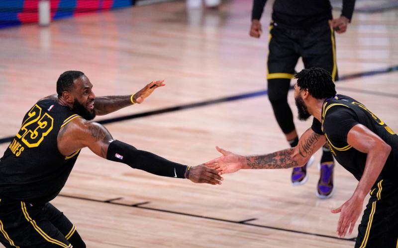 Houston Rockets vs Los Angeles Lakers, Game 2